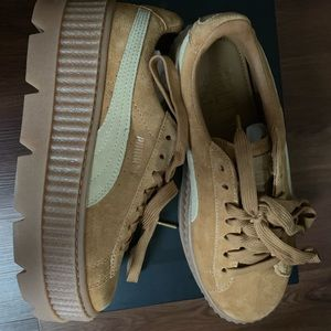 Rihanna Fenty Puma suede sneakers size 7